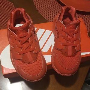 Nike Huarache kids shoe